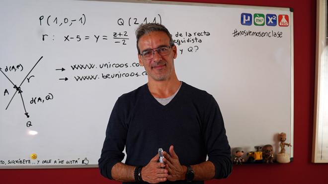 En tu salón. David Calle, profesor 'youtuber'.
