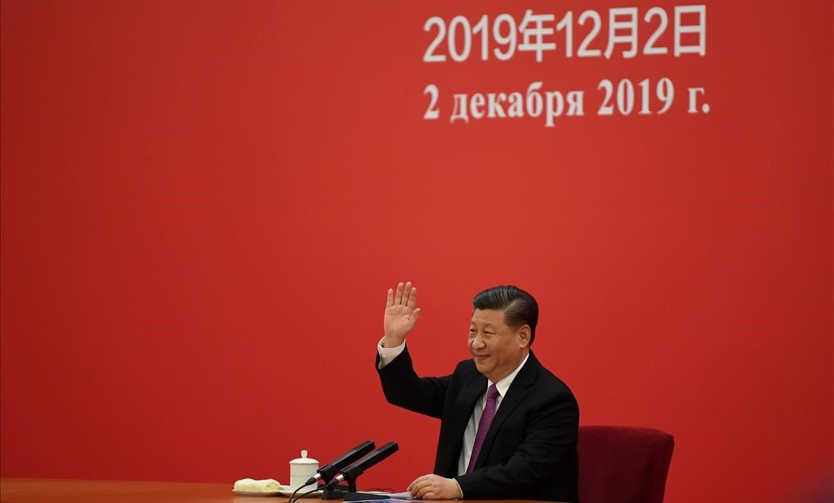Xi saluda a Putin en la videoconexión que han mantenido al rubricar el acuerdo gasístico.