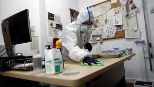 L'OMS demana calma als governs que volen implementar els passaports immunològics