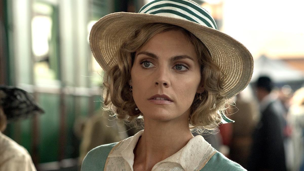 La actriz Amaia Salamanca, en la seriede Antena 3 Tiempos de guerra.