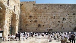 Una imagen de Jerusalén, frente al muro de las lamentaciones.
