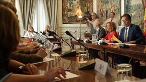 La ministra de Política Territorial y Función Pública,Meritxell Batet, este lunesdurante la reunión celebradaen la sede del ministerio con los sindicatos.