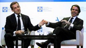 Nicolas Sarkozy y Jose María Aznar, expresidentes de gobierno de Francia y España, este martes en una conferencia en la Universidad Francisco de Vitoria, en Madrid.