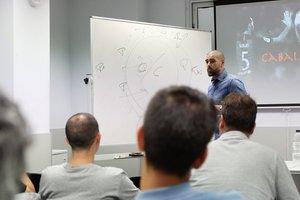 Víctor Valdés, en la charla que ofreció en la Federación Catalana de fútbol.