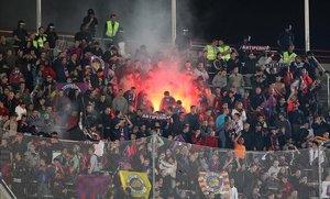 El Govern admet que 150 Boixos Nois entren al Camp Nou