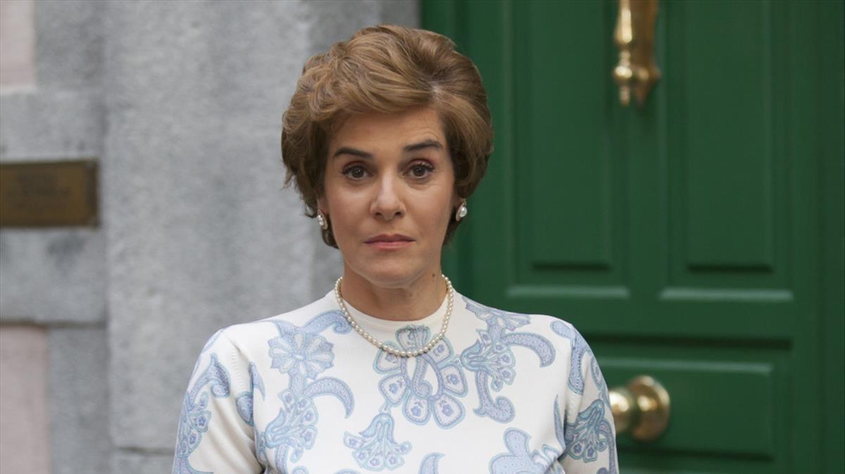Anabel Alonso interpreta a Benigna Castro en la serie Amar es para siempre.