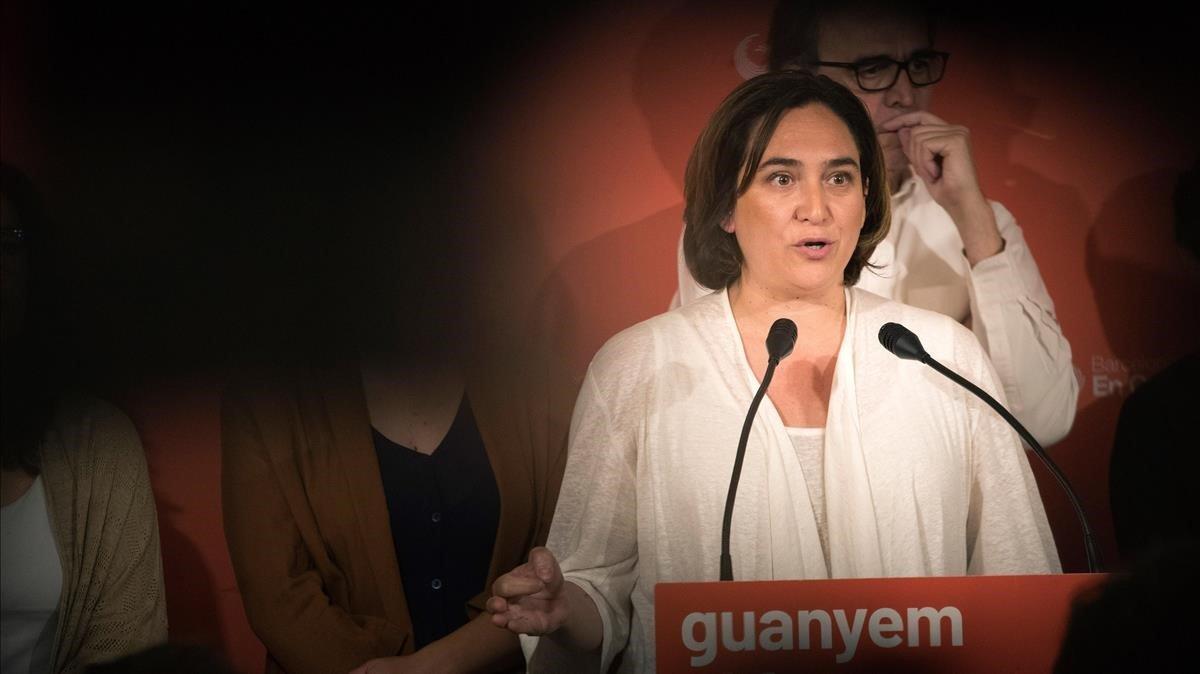 Colau: «No estic fent operacions estranyes amb Valls»