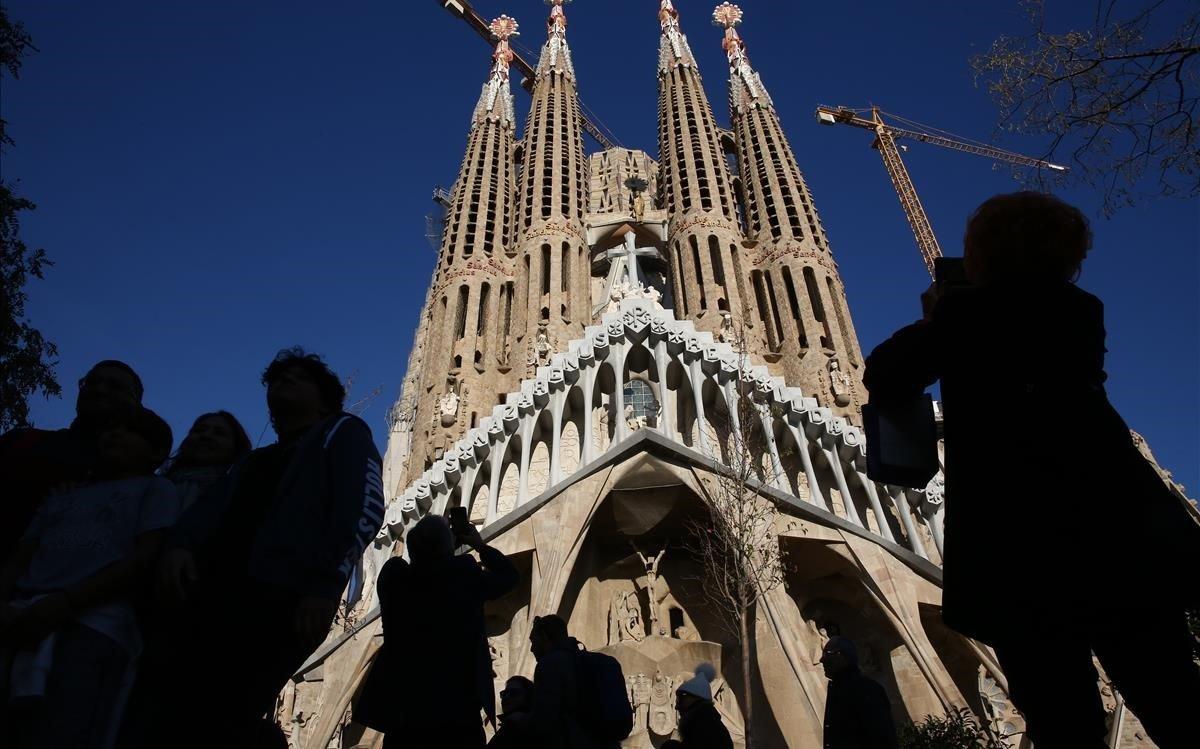 la Sagrada Família es el monumento más visitado de Barcelona.