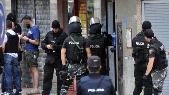 Un inspector de Policía se atrinchera en un restaurante de Alcobendas