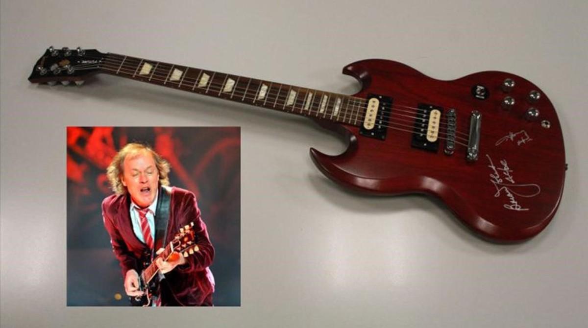 Guitarra eléctrica de Angus Young.