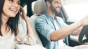 Hay usuarios que prefieren viajar en coche antes que con otros transportes.
