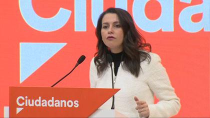 Patinada d'Arrimadas amb els barons del PSOE