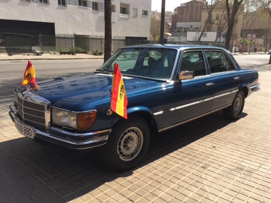 El Mercedes-Benz blindado del rey Juan Carlos I, vendido por 39.500 euros