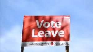 Una valla publicitaria del Vote Leave durante la campaña a favor del brexit.