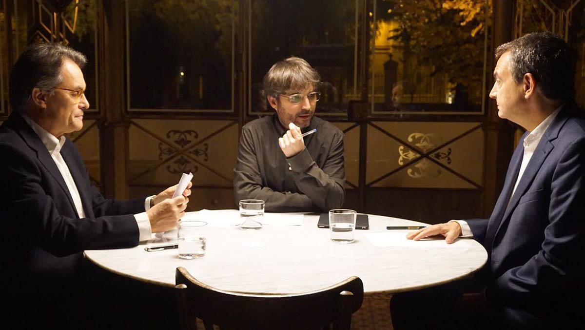 Jordi Évole en el programa Salvados, con Artur Mas y José Luis Rodríguez Zapatero