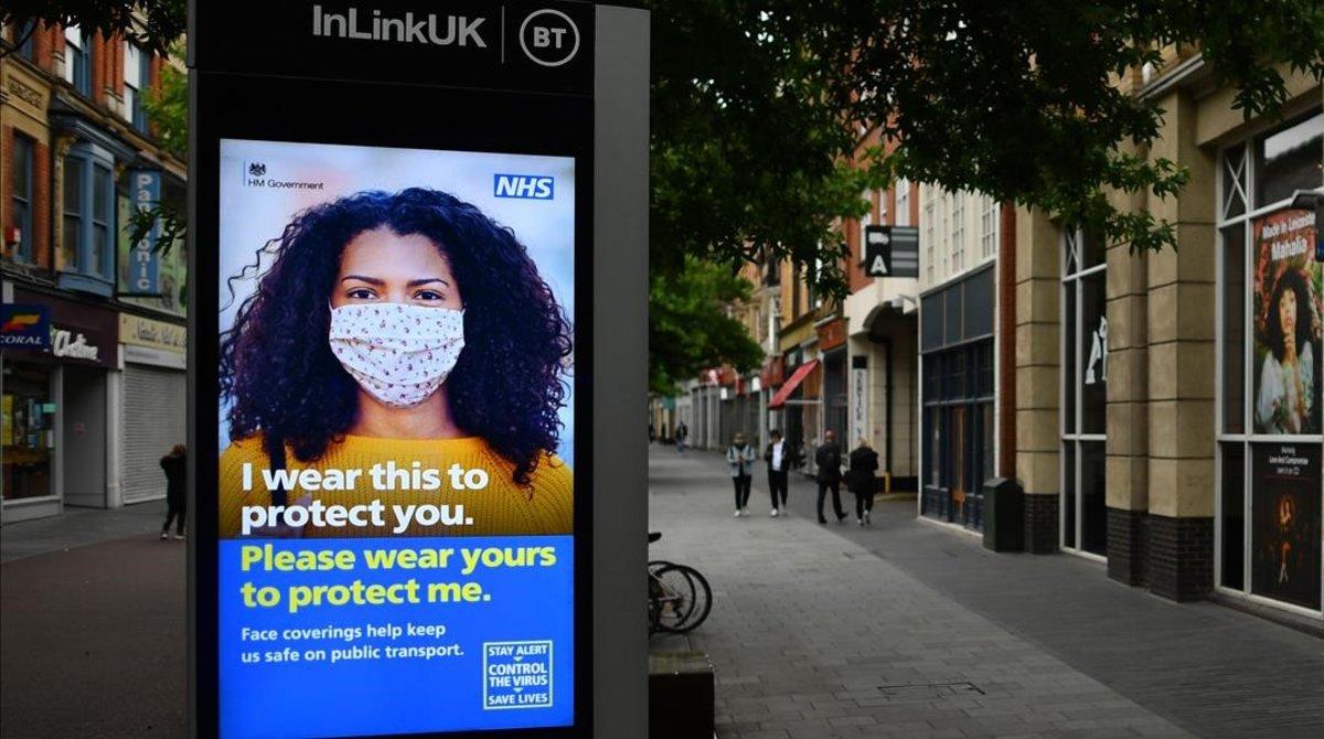 Un cartel sobre prevención del covid en Leicester.