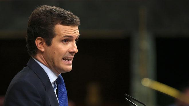 Casado s'aferra a Catalunya per defensar el seu no