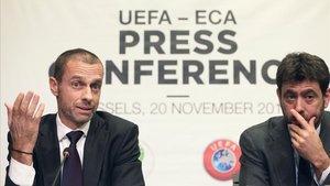 Ceferin (izquierda), al lado de Agnelli, el pasado día 20 en Bruselas.