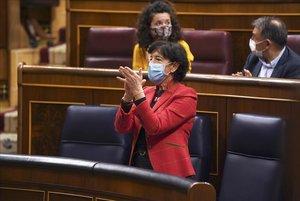 Pleno del congreso de los Diputados , en la imagen Isabel Celaádespués de la votación de la ley de Educación.