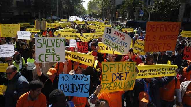 El tercer sector surt al carrer per exigir més recursos a l'Administració després de la pujada de l'SMI