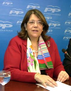 Elvira Rodríguez, en una imatge de l'abril del 2004, quan era ministra de Medi Ambient.