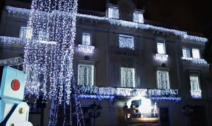 Encendido de luces del Ayuntamiento de L'Hospitalet de Llobregat en 2018.
