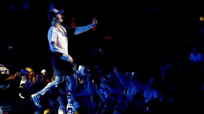 Tras su polémico paso por España, Justin Bieber abandona el escenario en pleno concierto en Oslo.