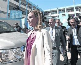 Federica Mongherini ayer durante su visita a Gaza.