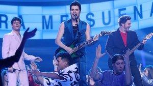 Gemeliers y su hermano Juan Carlos imitando a los Jonas Brothers en 'Tu cara me suena'.