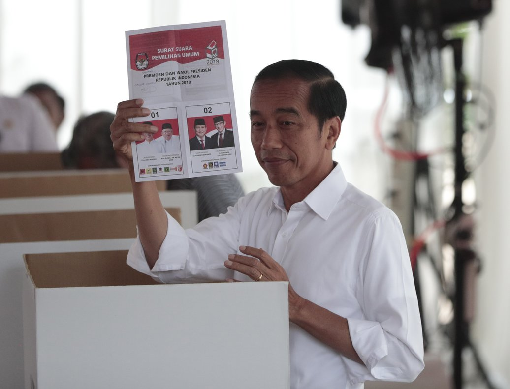 Joko Widodo es reelegido como presidente de Indonesia.