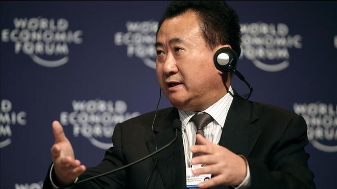 Wang liquida el seu imperi global