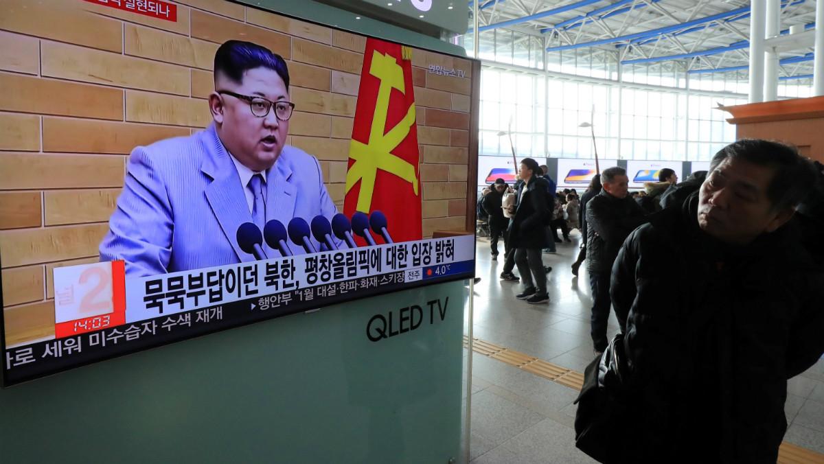 Kim Jong-un es mostra conciliador amb Corea del Sud i dur amb els EUA