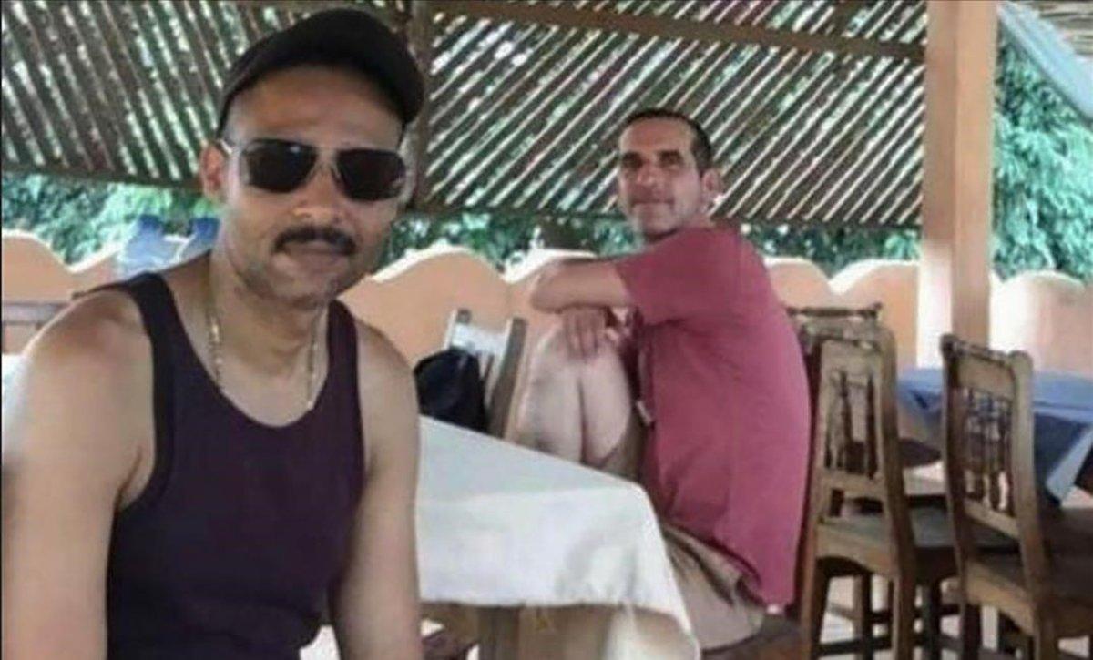 Laurent Lassimouillas (izquierda)y Patrick Picque, dos de los turistas liberados en Burkina Faso.