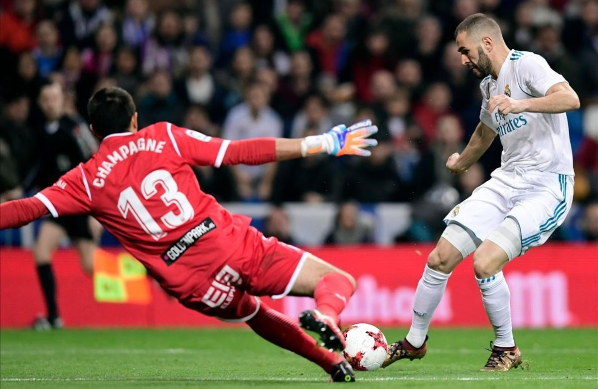 Los jugadores del Leganés celebran el segundo gol ante el Madrid.