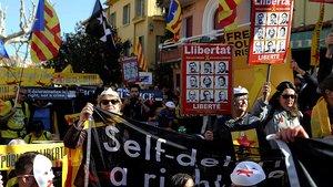Manifestación independentista en Colliure (Francia), este domingo.