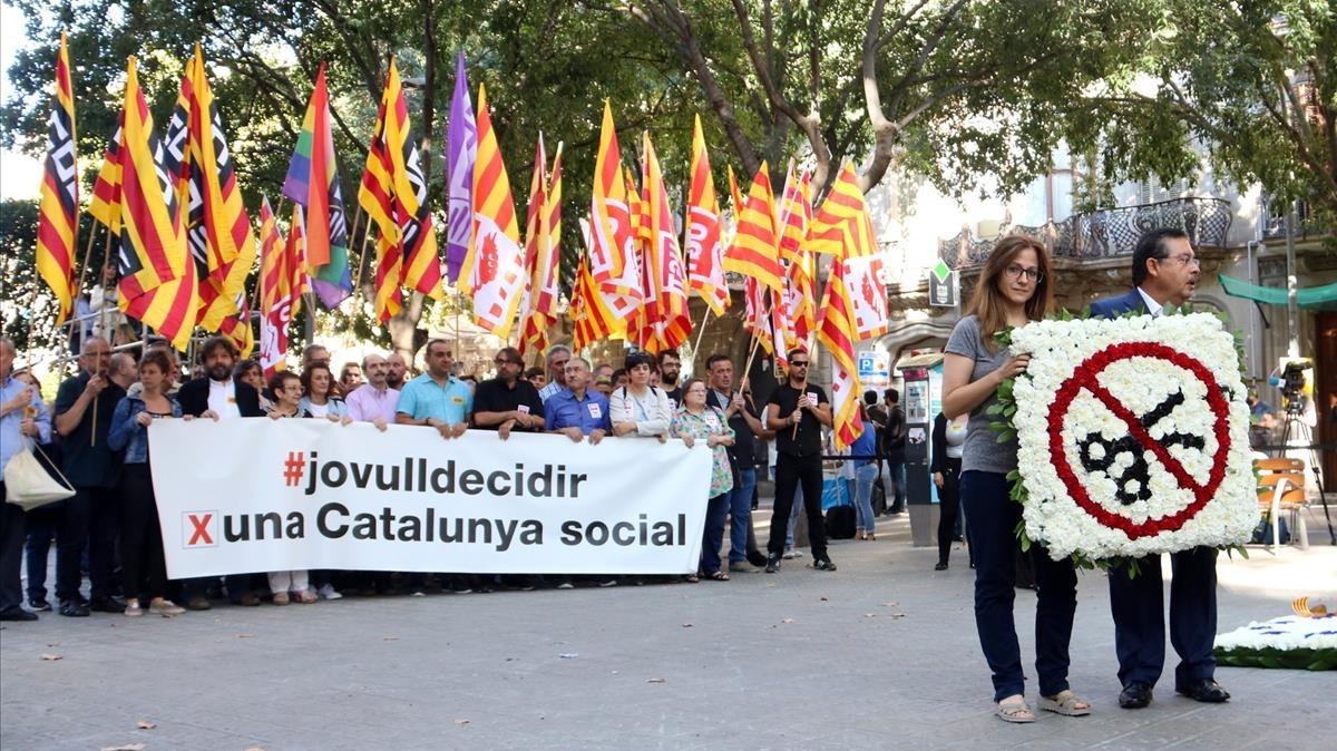 Membres de CCOO i UGT de Catalunya. PERE FRANCESCH / ACN
