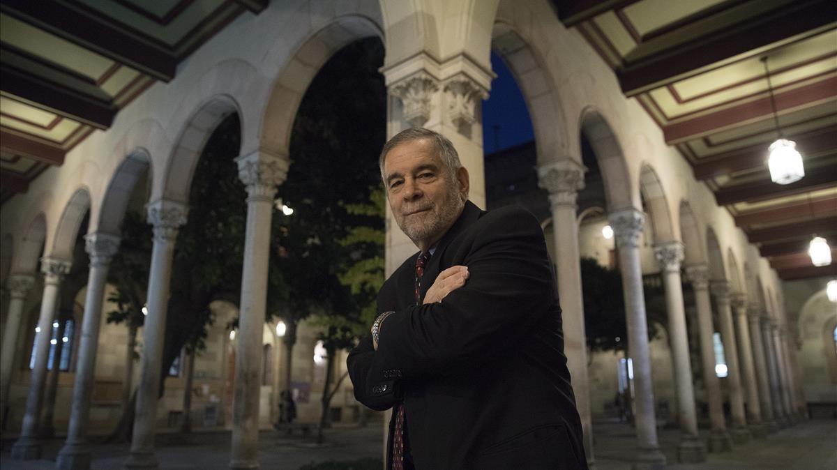 Michael Berenbaum, investigador y experto en el Holocausto y uno de los comisarios de la exposición sobre Auschwitz.