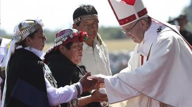 El Papa rinde homenaje a las víctimas de la dictadura de Pinochet
