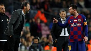 En el partido del Camp Nou, Leo Messi le recriminó alguna crítica que Vicente Moreno le hizo tras una acción.