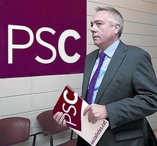 Pere Navarro, en la sede del PSC.
