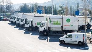 Camiones de basura y limpieza de la empresa Smatsa.
