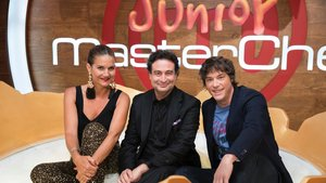 Samantha Vallejo-Nágera, Pepe Rodríguez y Jordi Cruz en el plató de Masterchef Celebrity.