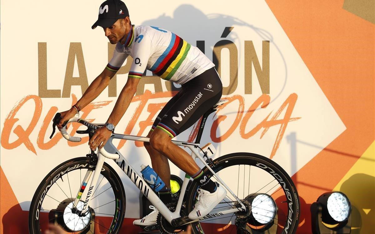 Alejandro Valverde, campeón del mundo, durante la presentación oficial de la Vuelta, el jueves.