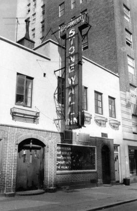 El pub Stonewall Inn, en1969.