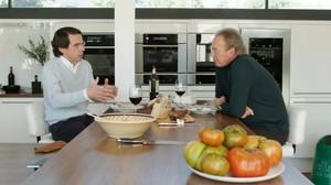 José María Aznar con Bertín Osborne, en un momento del programa Mi casa es la tuya.
