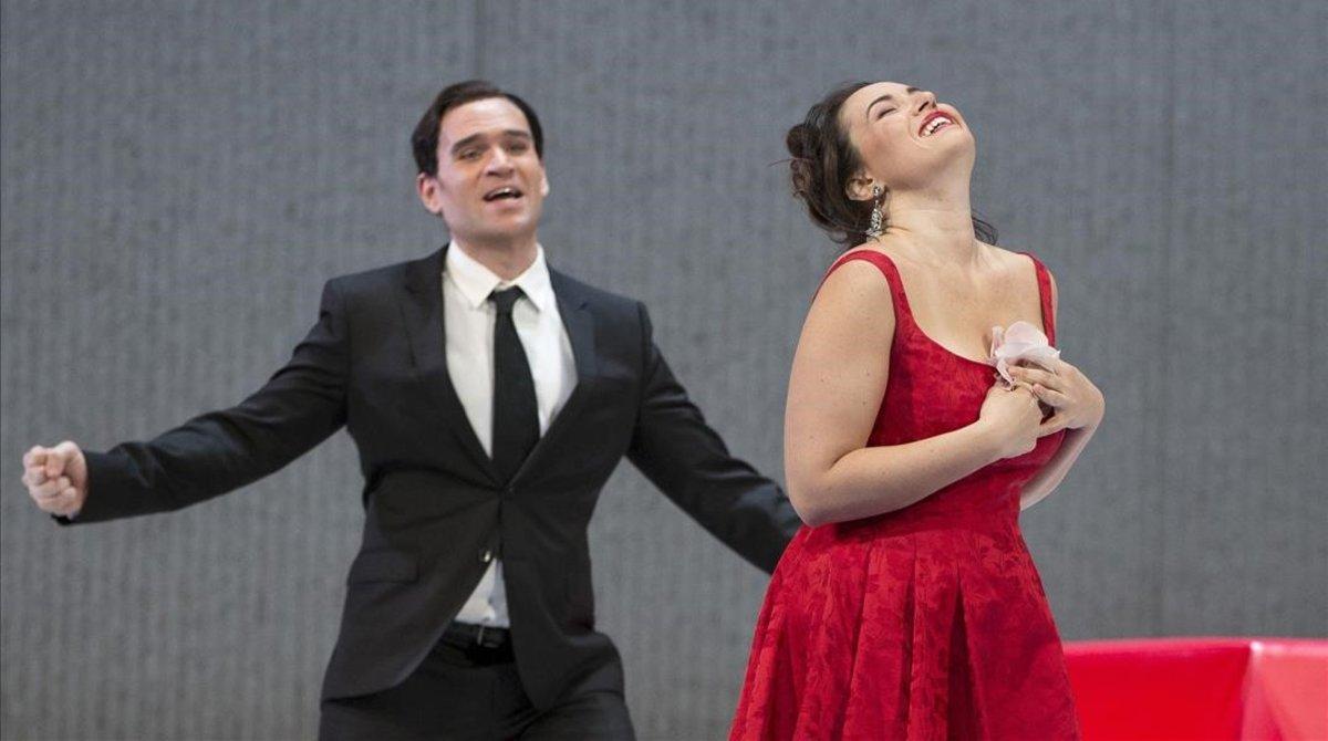 Una escena de La Traviata en el Metropolitan Opera.