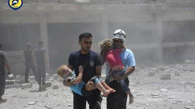 La última ofensiva de Asad causa 45.000 desplazados en pocas horas en Siria