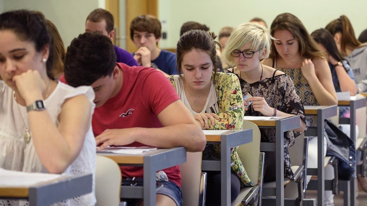 Exámenes en una de las facultades de la Universidad del País Vasco (UPV).