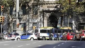 """""""Atacs a turistes a Barcelona. Remet USA"""""""