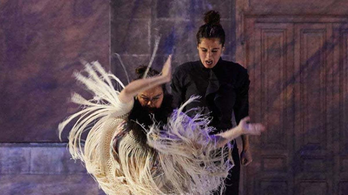 Rocío Molina y Sílvia Pérez Cruz, en una escena de 'Grito pelao'.